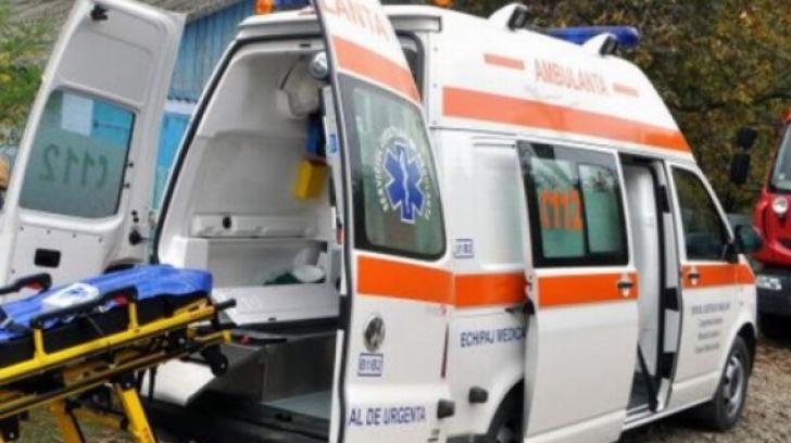 Biciclist mort, după ce a fost lovit de un autoturism condus de un tânăr fără permis şi băut
