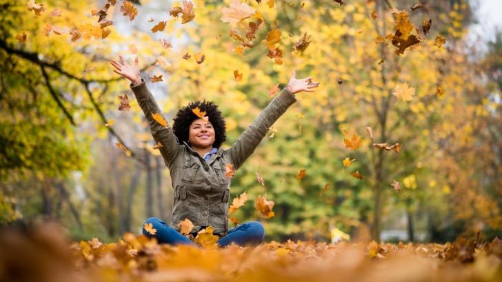 Horoscop octombrie. Zile norocoase şi zile cu ghinion pentru fiecare zodie