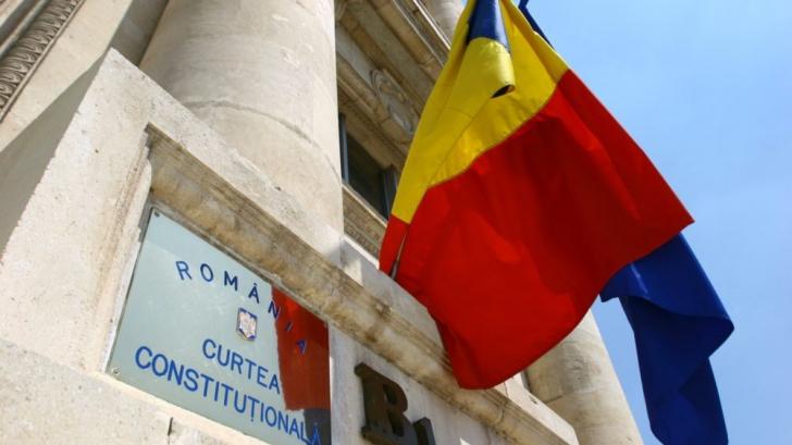 Curtea Constituţională se pronunţă miercuri în cazul disputei dintre Preşedinţie şi Guvern