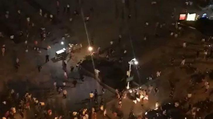 Un bărbat din China a intrat în mulțime! Cel puțin 9 morți și 43 de răniți