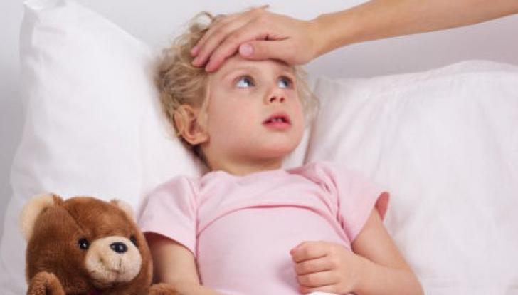 Mamă amendată pentru că plânsul bebelușului îi deranja pe vecini