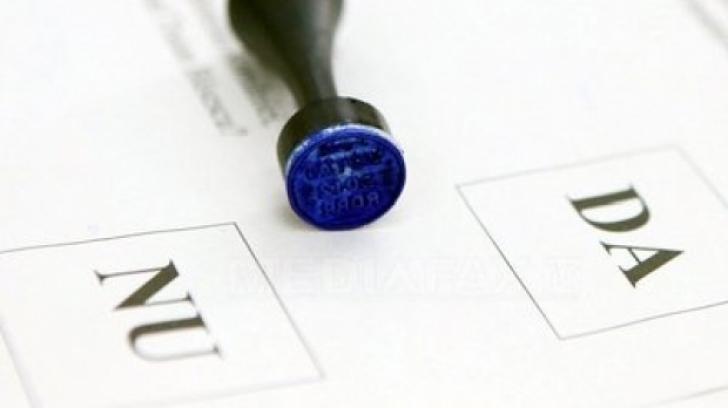 Redefinirea familiei în Constituție votată de Parlament, cu ajutorul PNL. USR a votat împotrivă