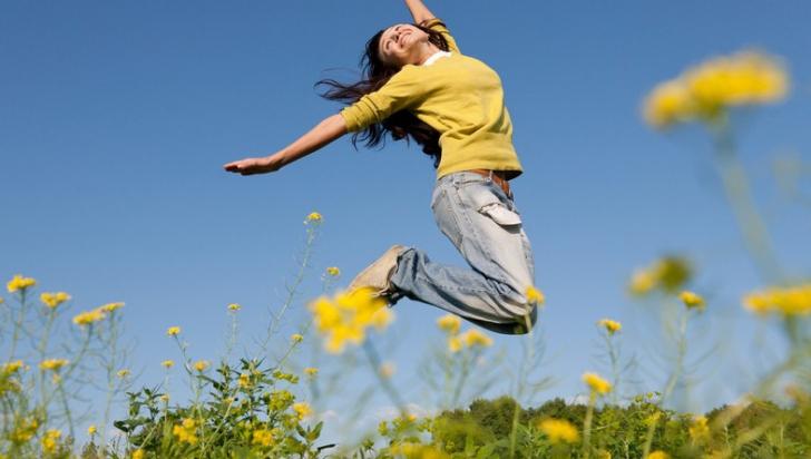 Obiceiuri pe care le au oamenii fericiți. Cum să fii şi tu la fel. E simplu