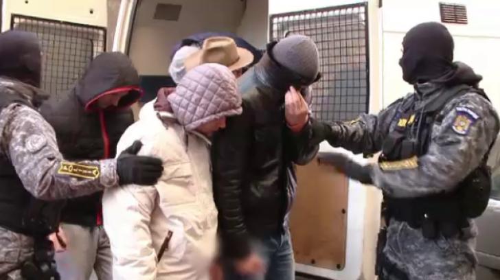 HALUCINANT. Au fost identificaţi cei care au înjunghiat un bărbat în Buzău. Vârsta lor...