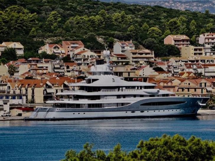Noi detalii despre manechinul decedat pe yachtul unui miliardar