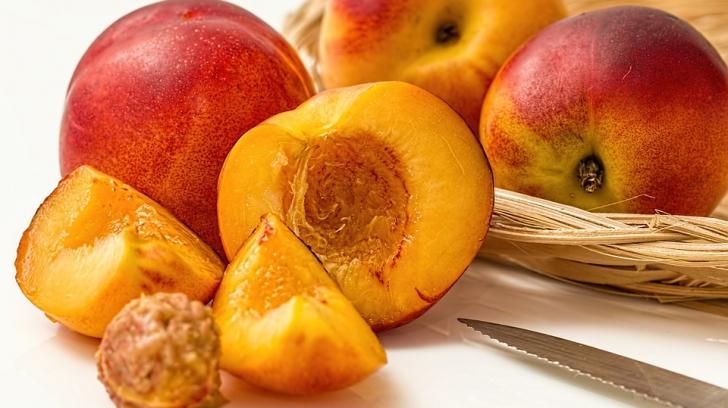 Motivul pentru care nectarinele nu trebuie ţinute la frigider