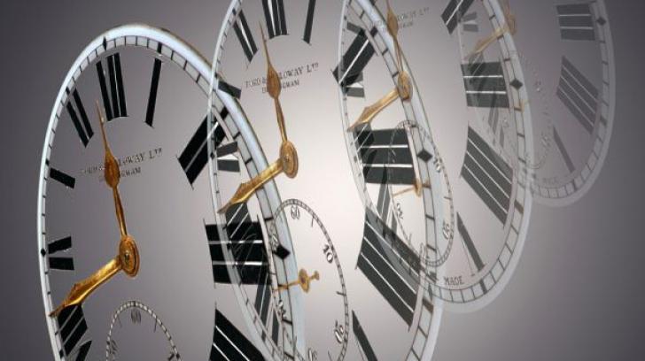 Când se va decide dacă se menţine ora de vară şi cea de iarnă. Schimbăm ceasurile în octombrie?
