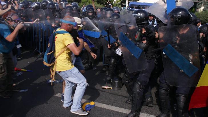"""Cum vede Dragnea punerea sub acuzare a şefilor Jandarmeriei, în dosarul """"10 august"""""""