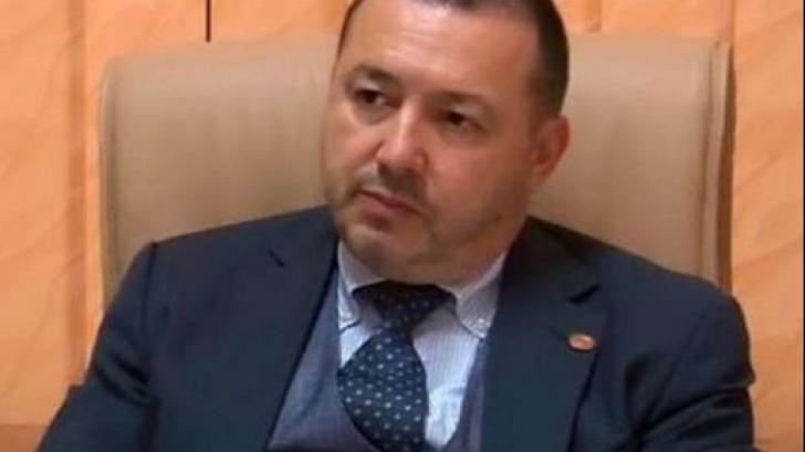 Rădulescu (PSD): Nu toţi din partid suntem tractorişti ajunşi vicepremieri. Unii suntem burghezi