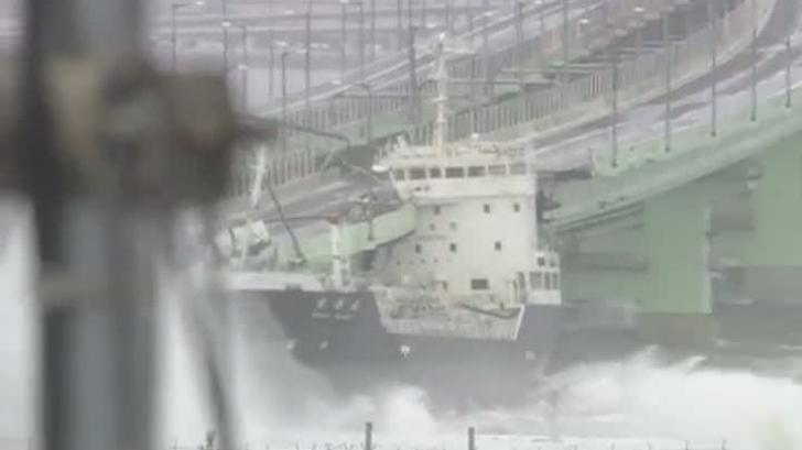 Taifun fără precedent în ultimul sfert de secol în Japonia