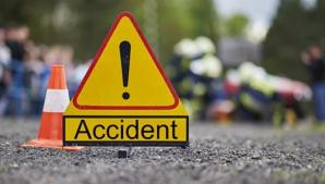 Cod ROŞU de intervenţie: un microbuz cu 16 pasageri s-a răsturnat. Autorităţile sunt în alertă
