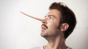 Horoscop: zodiile care ascund mereu adevărul! Tu ştii de cine trebuie să te fereşti?!