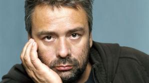 Un celebru regizor de film, audiat mai multe ore pentru viol