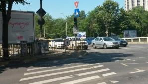Traficul rutier de la intersecţia Eroilor cu Eroii Sanitari, redeschis