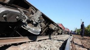 ZI NEAGRĂ. 5 morţi şi peste 30 de răniţi, după ce un tren a deraiat
