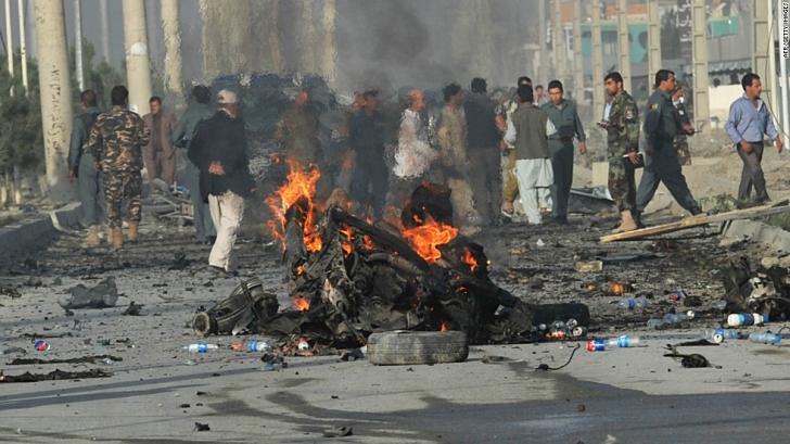 Atac cu bombă soldat cu 11 morţi, printre care şase copii