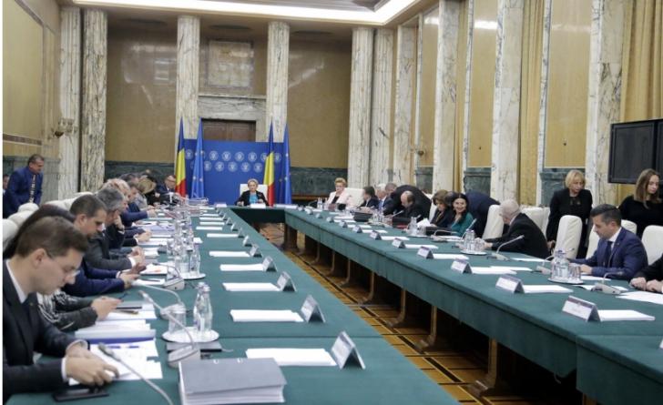 Lovitură de teatru! Suspansul REMANIERII, prelungit. PSD a amânat şedinţa decisivă / Foto: gov.ro