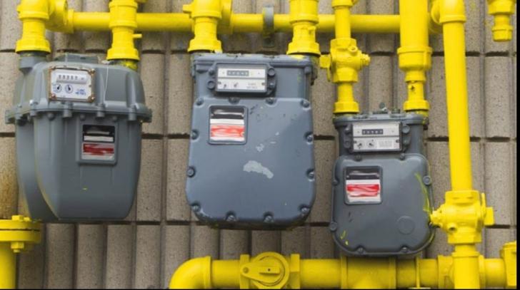 Verificări din uşă în uşă, înainte de reluarea alimentării cu gaze naturale, la Slatina