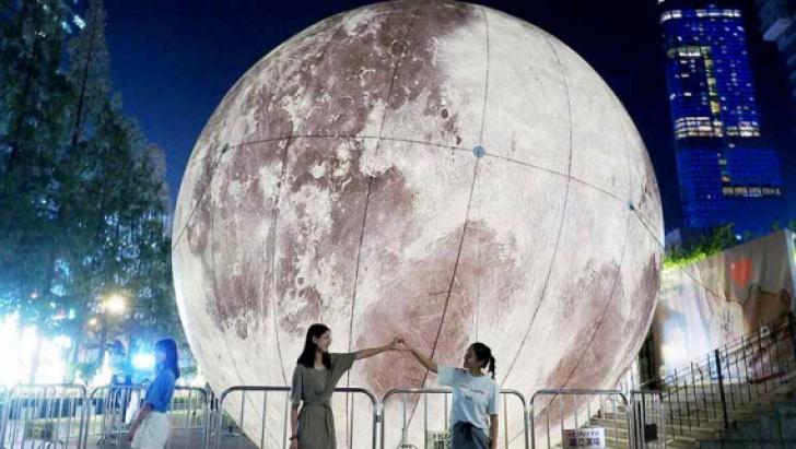 Oraşul în care se va construi o Lună artificială pentru iluminatul stradal