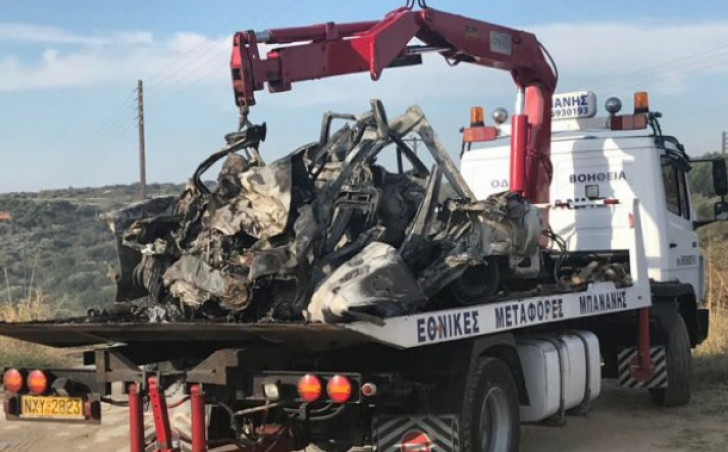 Accident înfiorător în Grecia. Două maşini au luat foc, în urma unui impact violent: 11 morţi / Foto: kathimerini.gr