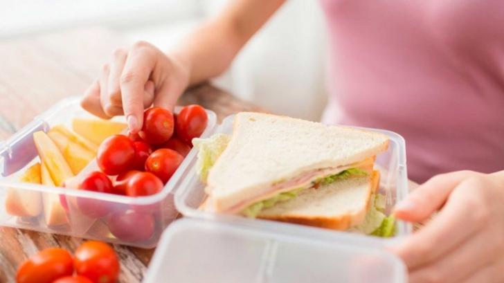 Lista alimentelor care provoacă inflamaţii grave în corp. Ai grijă, şi tu le consumi!