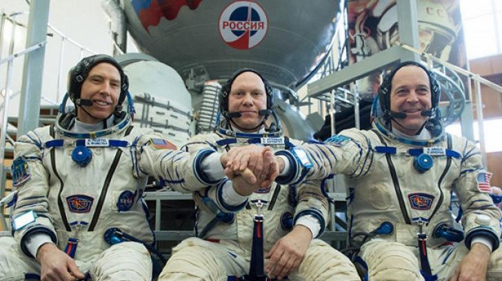 Succes pentru astronauţi. Capsula Soyuz MS-08 a revenit pe Terra după 197 de zile în spaţiu