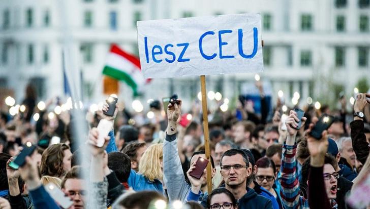 Mii de oameni la Budapesta, pentru un nou protest împotriva lui Viktor Orban
