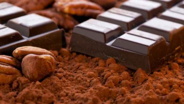 Cine nu ar trebui să mănânce niciodată ciocolată neagră