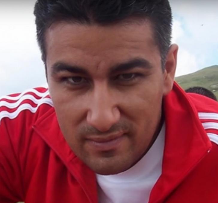 <p>Ilie Mario Rafael</p>