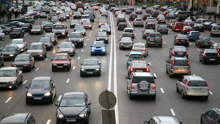 """Ministrul Mediului vrea o taxă auto """"mai specială"""""""
