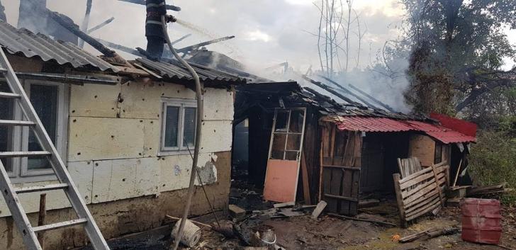 Incendiu violent la Soveja / Foto: ISU Vrancea