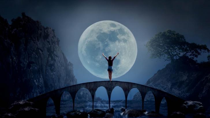 Luna Plină pe 24 octombrie. Cum suntem influenţaţi această fază a satelitului terestru