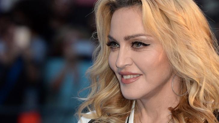 Madonna, ritual ciudat de înfrumusețare