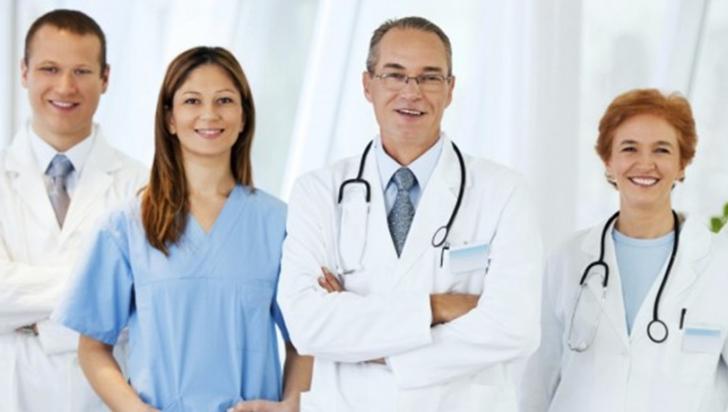 Colegiul Medicilor nu are nimic cu doctorii care lucrează în mai multe spitale
