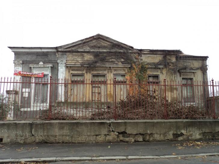 Proiect PSD. Intervenţia fără autorizaţie asupra monumentelor nu mai e infracţiune. Aviz negativ