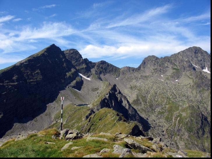 Intervenție dificilă pentru salvarea a doi turiști blocați în Munții Făgăraș