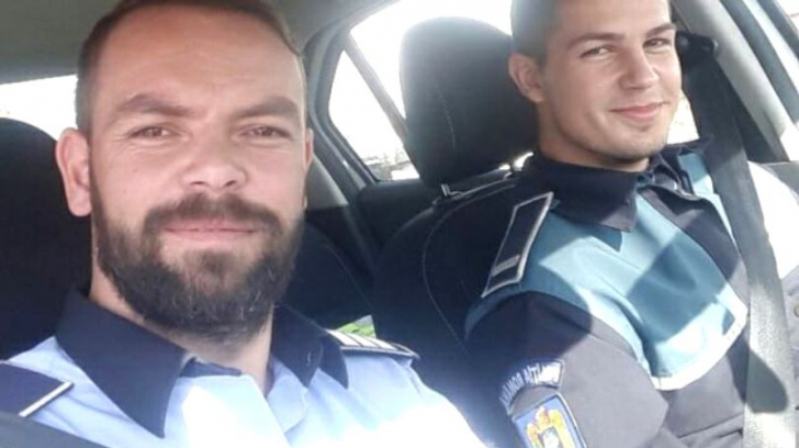 Reacţia unor poliţişti după ce radarul lor a fost semnalat pe Facebook. E absolut hilar