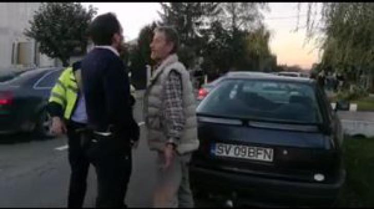 """Urmărire ca în filme. Beat şi fără permis, cu poliţia după el. Care a fost """"scuza"""" şoferului"""