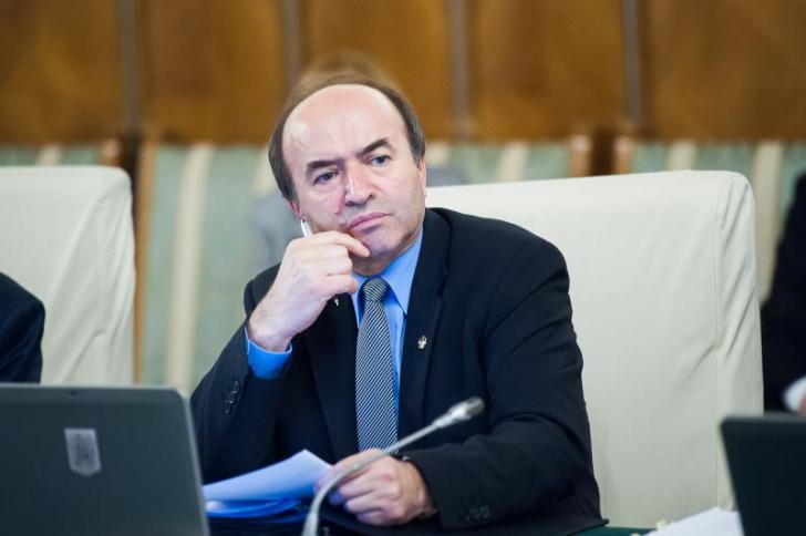 Cozmin Gușă, despre Tudorel Toader: A făcut-o voit. Are un joc sofisticat