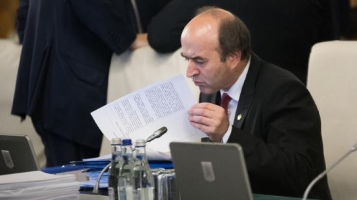 Toader, despre modificarea codurilor penale: Nu mă întrebaţi pe mine ce nu am făcut la minister