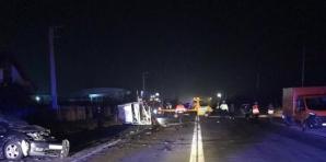 Accident în lanţ în Vâlcea: 5 victime, 5 maşini făcute praf / Foto: voceavalcii.ro