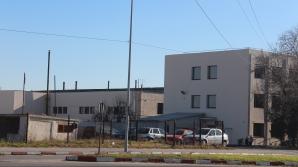 Două fabrici de confecții din Teleorman renunță la jumătate din angajați