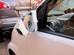 Cele mai nebune fotografii care au scăpat pe Internet. Ce-a fost în capul lor?