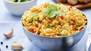 Ai gătit legume şi orez? Nu le mai mânca a două zi! Te pot ucide!