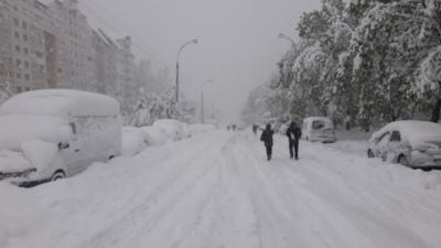 Vine URGIA ALBĂ peste România! Stratul de zăpadă va depăși un metru în câteva zile