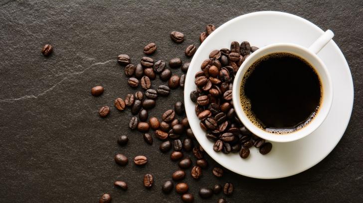 Ce pot face două ceşti de cafea pe zi cu ficatul tău! Nici nu îţi imaginezi