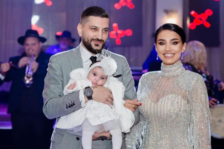 Elena Băsescu a întors toate privirile la botezul fetiței Adelinei Pestrițu