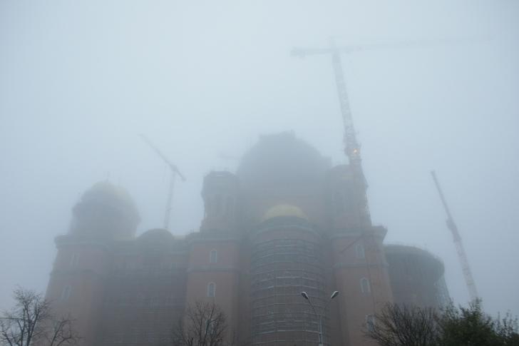 Catedrala Mântuirii Neamului a fost sfințită, în prezența a peste 50.000 de credincioși