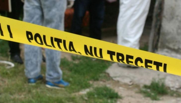 """Crimă cumplită la Pitești. Reacția vecinei: """"Am început să tremur şi să plâng"""""""