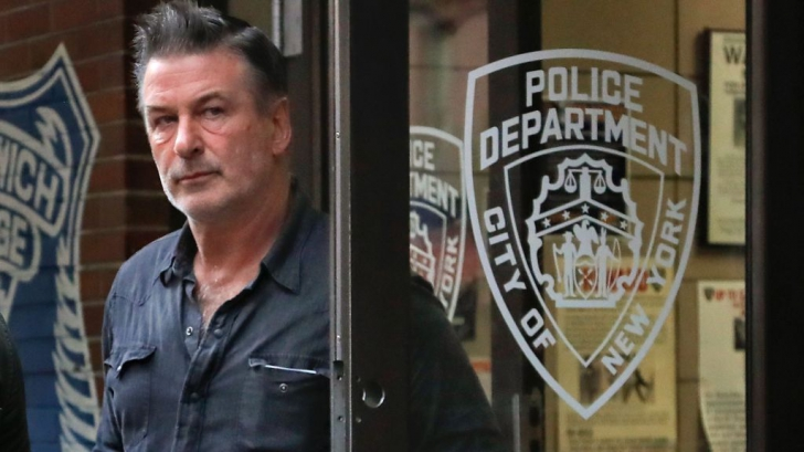 Alec Baldwin a fost arestat